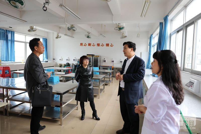 汕尾市职业技术学校到广东海校进行校际交流